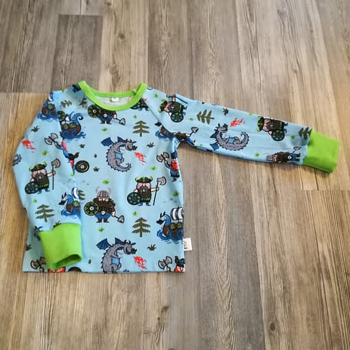 vaaleansininen vihreat resorit viikingit paita